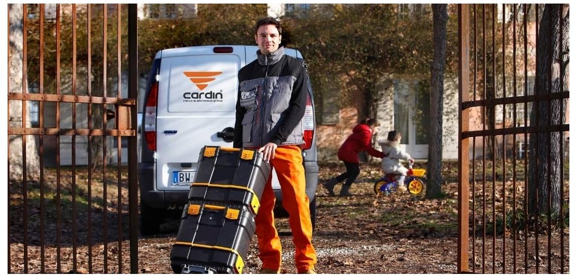 Retrouvez tous les produits CARDIN chez Diferbat | Distributeur français